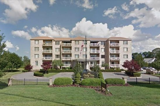 2 bed 1.5 bath Condo at 915 HATHAWAY RD NEW BEDFORD, MA, 02740 is for sale at 235k - google static map