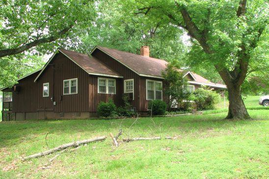 3 bed 2 bath Single Family at 159 BARNETT ST HUNTINGDON, TN, 38344 is for sale at 35k - google static map