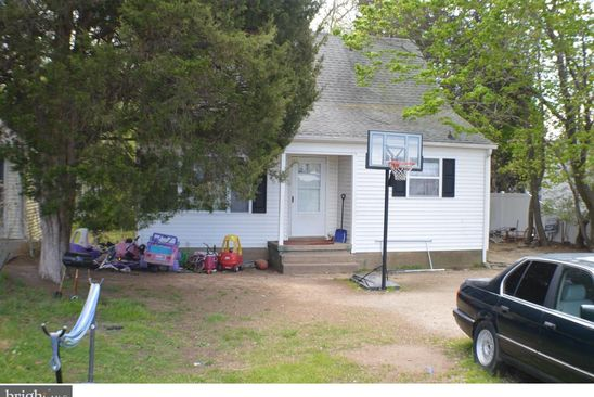 4 bed 1 bath Single Family at 1831 S DUPONT HWY DOVER, DE, 19901 is for sale at 155k - google static map