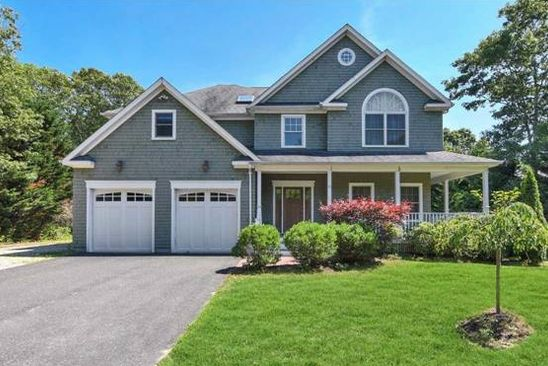 4 bed 3 bath Single Family at 87 BELLOWS TERRACE RD HAMPTON BAYS, NY, 11946 is for sale at 795k - google static map