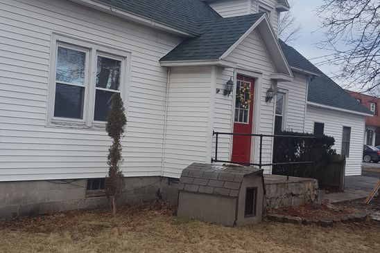 4 bed 2 bath Single Family at 5886 State Route 81 Greenville, NY, 12083 is for sale at 135k - google static map