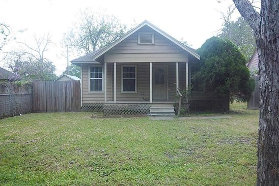 2 bed 1 bath Single Family at 512 Wafer St Pasadena, TX, 77506 is for sale at 110k - google static map