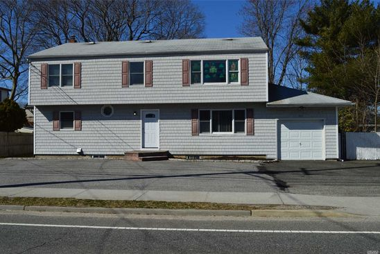 5 bed 3 bath Single Family at 163 Union Ave Holbrook, NY, 11741 is for sale at 450k - google static map