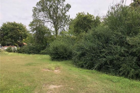 null bed null bath Vacant Land at 723 Bailey St Denton, TX, 76205 is for sale at 35k - google static map