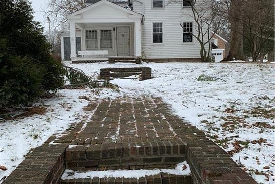 4 bed 3 bath Single Family at 521 Mentor Ave Painesville, OH, 44077 is for sale at 130k - google static map