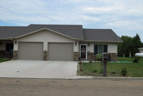 303 8th Ave Se C Rugby Nd 58368 Realestate Com