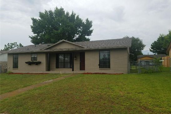 3 bed 2 bath Single Family at 1214 TAPERWICKE DR DALLAS, TX, 75232 is for sale at 140k - google static map