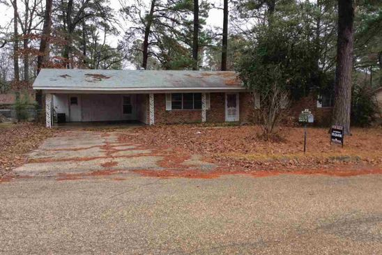 3 bed 1.5 bath Single Family at 606 HOLT FORDYCE, AR, 71742 is for sale at 62k - google static map
