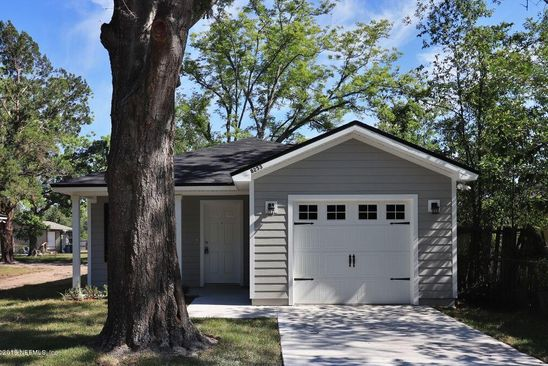3 bed 2 bath Single Family at 8253 Nussbaum Dr Jacksonville, FL, 32210 is for sale at 150k - google static map