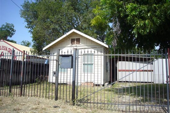 1 bed 1 bath Single Family at 5711 Fulton St Houston, TX, 77009 is for sale at 350k - google static map