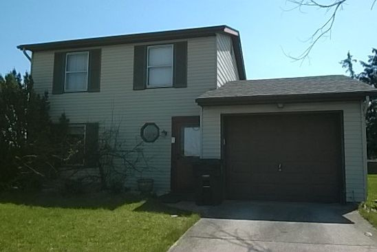 3 bed 2 bath Single Family at 810 AURORA KNOLL LN FORT WAYNE, IN, 46825 is for sale at 110k - google static map