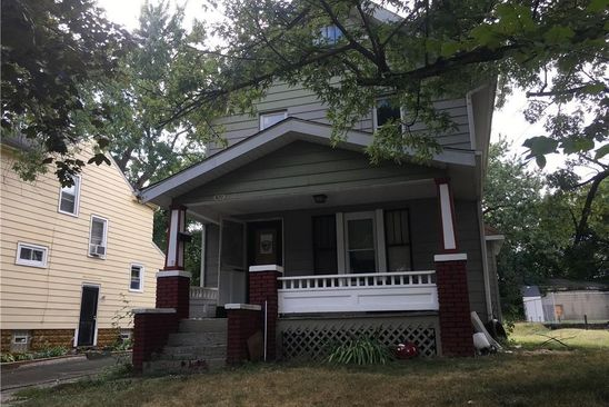 3 bed 2 bath Single Family at 920 CHALKER ST AKRON, OH, 44310 is for sale at 30k - google static map