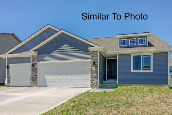 3 bed 2 bath Single Family at 980 Cedar St Waukee, IA, 50263 is for sale at 282k - google static map
