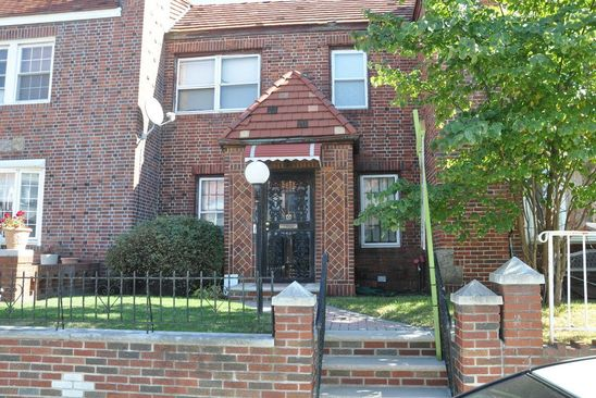 3 bed 1 bath Condo at 13157 225th St Laurelton, NY, 11413 is for sale at 425k - google static map