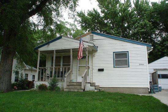 3 bed 1 bath Single Family at 3421 PARKVIEW BLVD SIOUX CITY, IA, 51105 is for sale at 70k - google static map