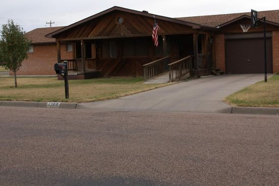 3 bed 2 bath Single Family at 1209 S MADISON ST HUGOTON, KS, 67951 is for sale at 130k - google static map