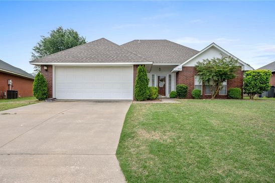 3 bed 2 bath Single Family at 2412 Fordham Ave Fort Smith, AR, 72908 is for sale at 125k - google static map